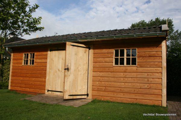 houten-tuinschuur-2-1-600x400 - Stijlvolle tuinschuur met bergruimte
