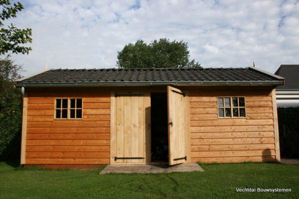 houten-tuinschuur-3-1-600x400 - Stijlvolle tuinschuur met bergruimte