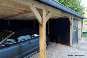 landelijke-schuur-met-carport-5-300x200 - Klassiek Houten kapschuur met carport.