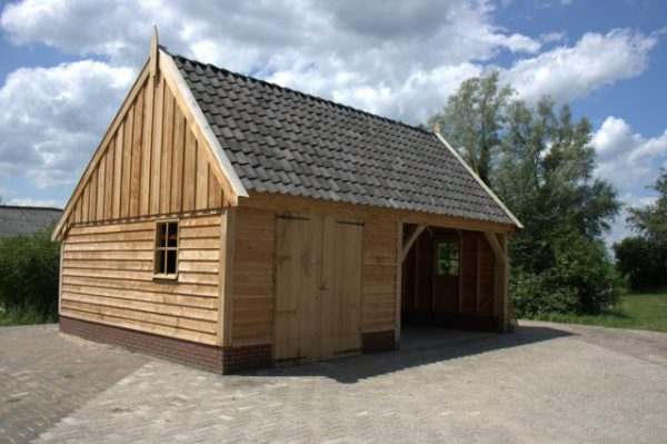 Houten-schuur-1-600x399 - Landelijke houten schuren