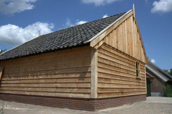 Houten-schuur-2-600x399 - Landelijke houten schuren
