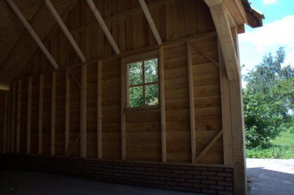 Houten-schuur-3-600x399 - Landelijke houten schuren