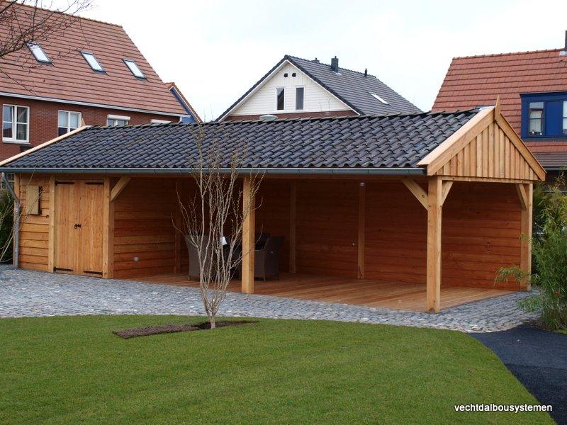 Houten_bijgebouw_met_veranda_4-1 - Project Rotterdam: Larikshouten tuinhuis met overkapping.