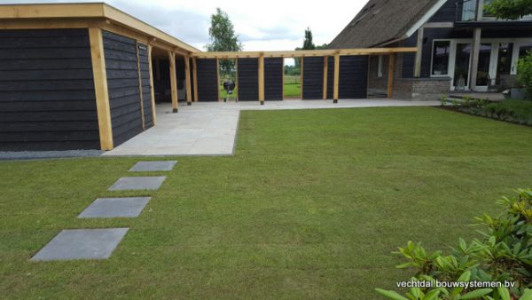 houten-terrasoverkapping-1-600x338 - Houten terrasoverkapping