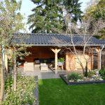 Eikenhouten tuinhuis met luifel