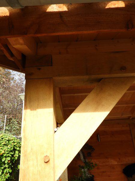 houten-tuinhuis-met-veranda-5-450x600 - Eikenhouten tuinhuis met luifel