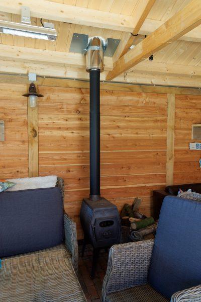 tuin-overkapping-2-400x600 - Stijlvol buitenkamer met overkapping