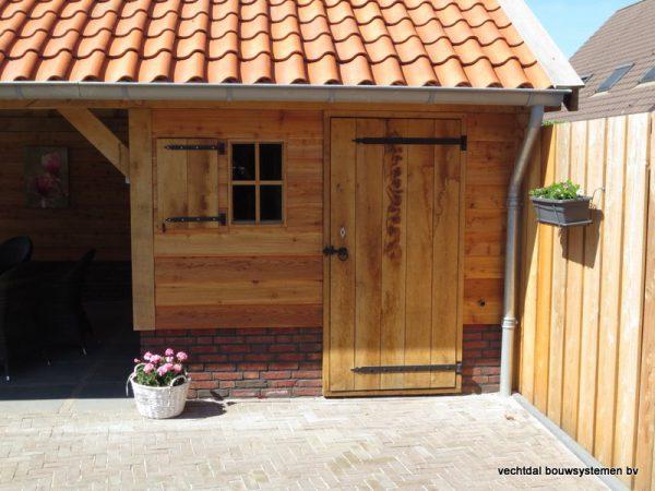 houten-kapschuur-met-overkapping-11-600x450 - Eikenhouten schuur met overkapping