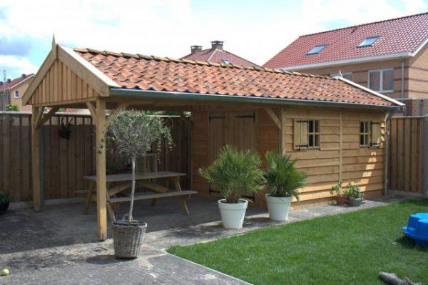 houten-tuinhuis-met-overkapping-1-600x399 - Houten tuinhuis met overkapping.