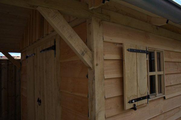 houten-tuinhuis-met-overkapping-7-600x399 - Houten tuinhuis met overkapping.