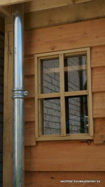 houten-tuinhuis-met-overkapping-platdak-4-338x600 - Houten Tuinhuis met overkapping (platdak)