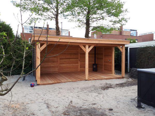houten-overkapping-7-600x450 - Bijgebouw en overkapping te Rotterdam.