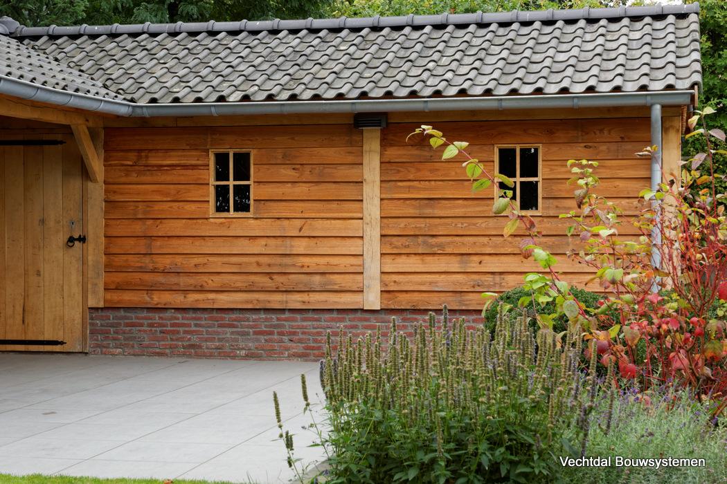 houten-schuur-met-overkapping-2 - Project Groesbeek: houten tuinhuis met overkapping Hoekmodel