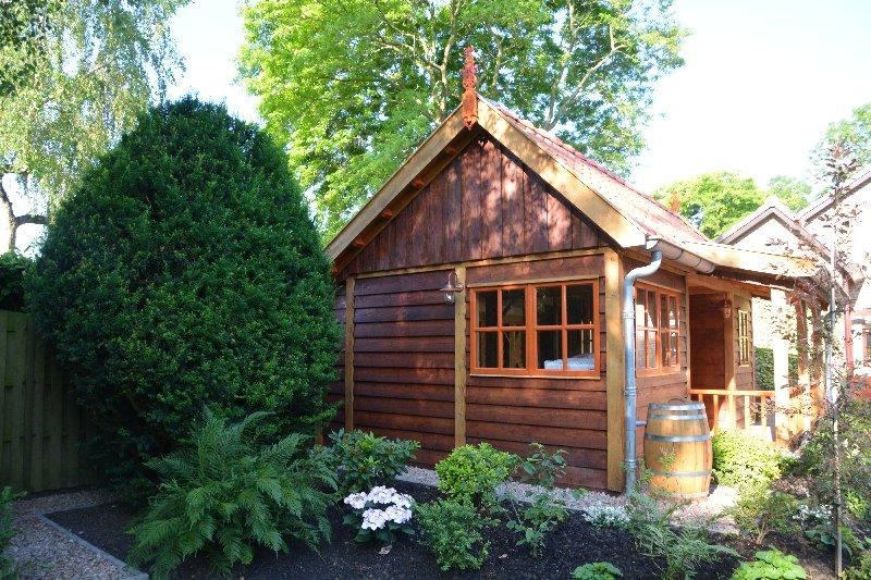 maatwerk-tuinhuis-10 - Project Venhuizen: Maatwerk houten tuinhuis