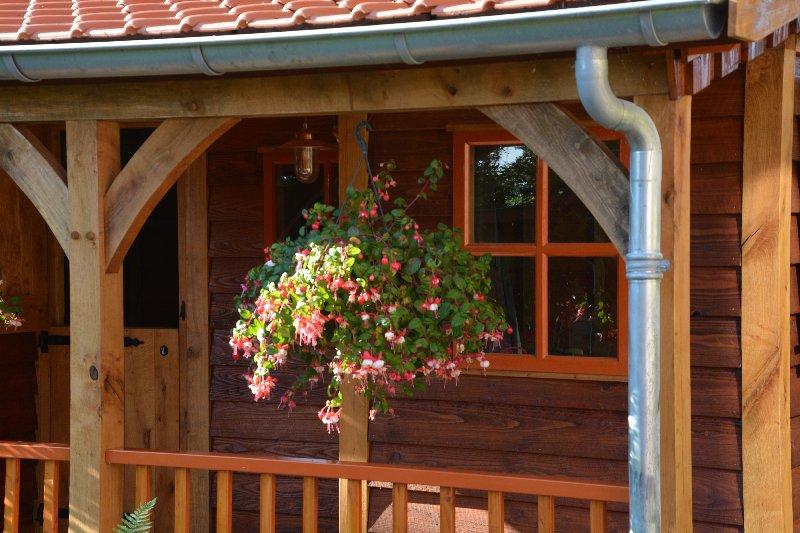 maatwerk-tuinhuis-20 - Project Venhuizen: Maatwerk houten tuinhuis