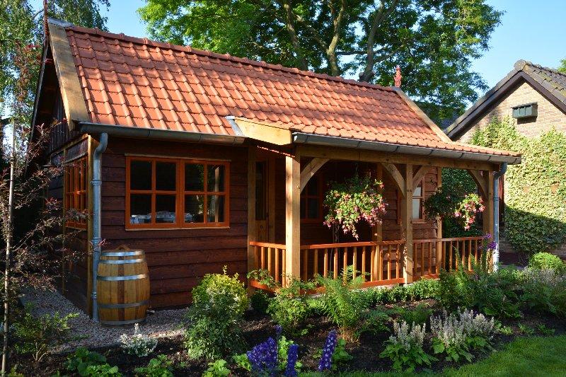 maatwerk-tuinhuis-21 - Project Venhuizen: Maatwerk houten tuinhuis