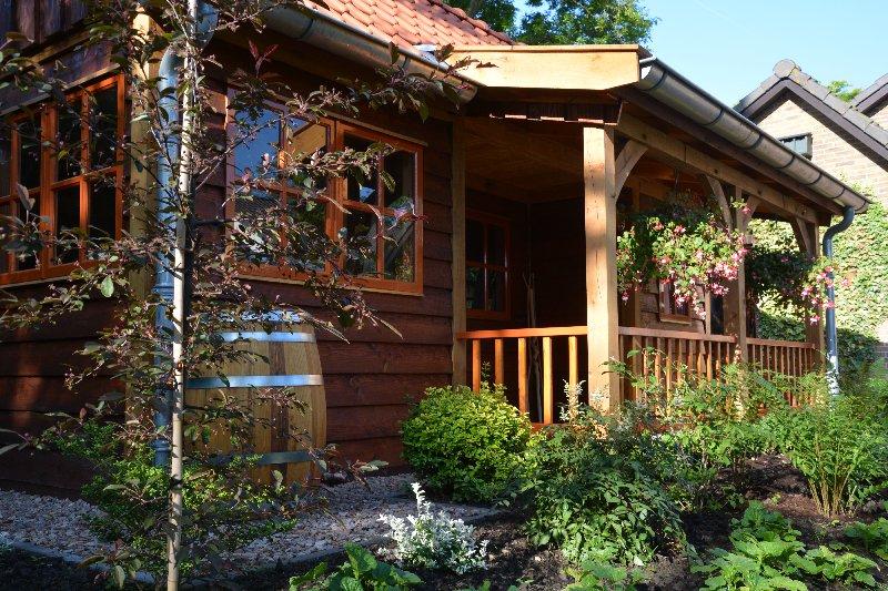 maatwerk-tuinhuis-25 - Project Venhuizen: Maatwerk houten tuinhuis