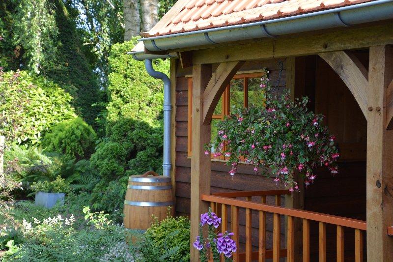 maatwerk-tuinhuis-4 - Project Venhuizen: Maatwerk houten tuinhuis