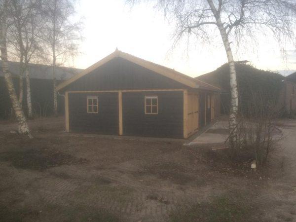 houten-schuur-600x450 - Twee Landelijke Schuren