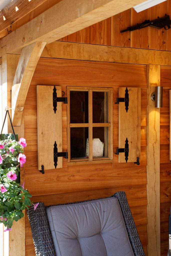 houten-tuinhuis-met-overkapping-7-683x1024 - Tuinhuis met overkapping