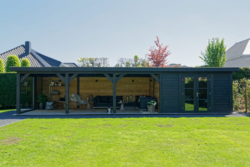 houten-tuinkamer-12-1024x683 - Sfeervolle houten tuinkamer