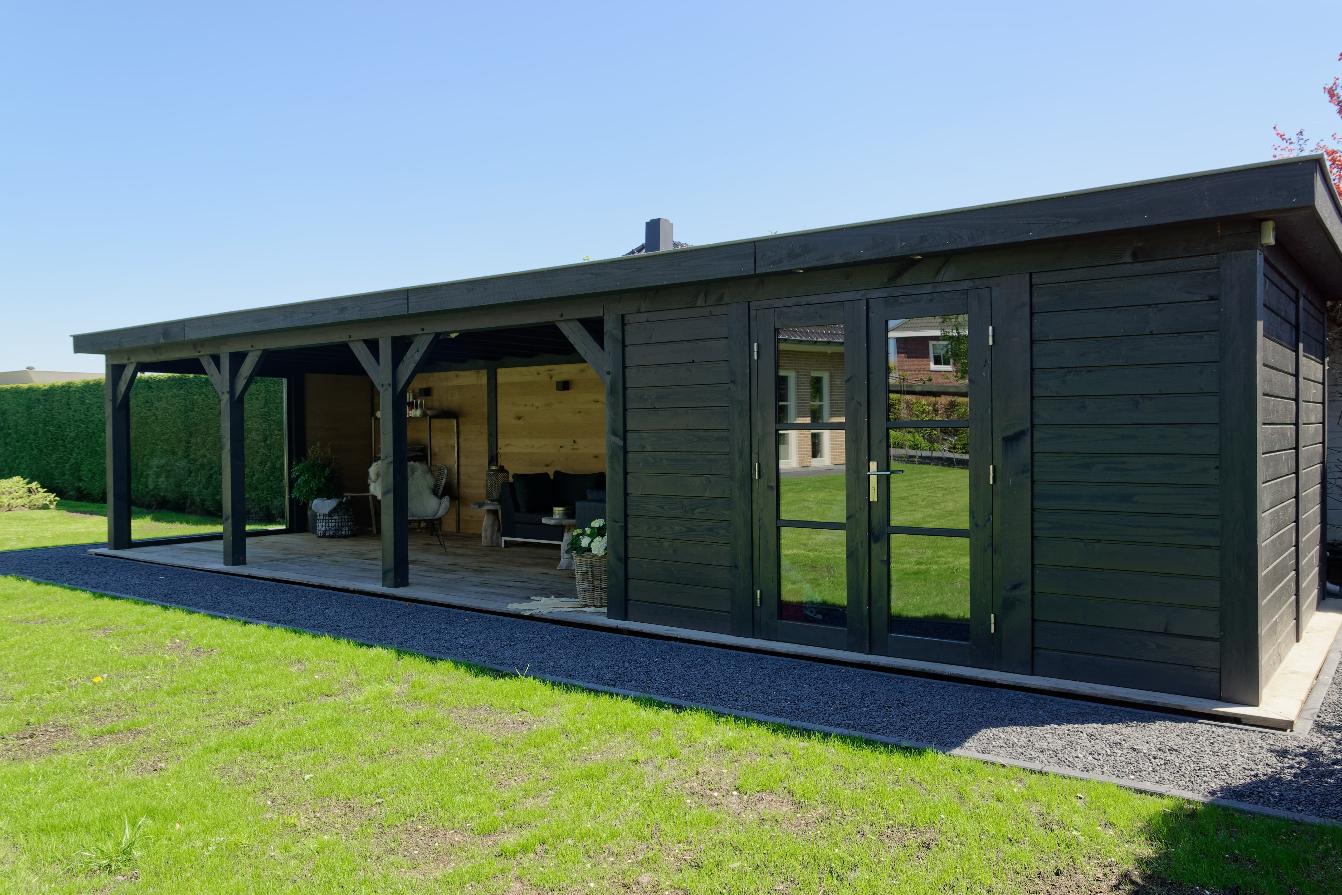 houten-tuinkamer-14 - Project Bleiswijk: Luxe tuinhuis met tuinkamer platdak.