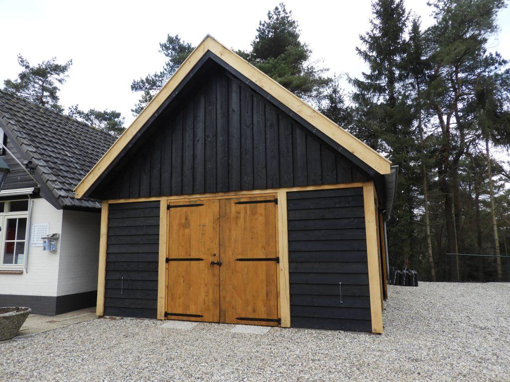 Houten-garage-1-1024x768 - Houten Garage