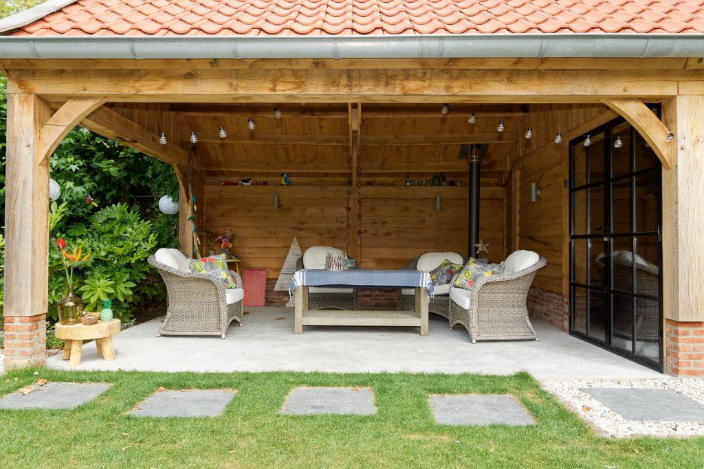 Eiken-kapschuur-met-veranda-13-1024x683 - Eiken Schuur met overkapping.