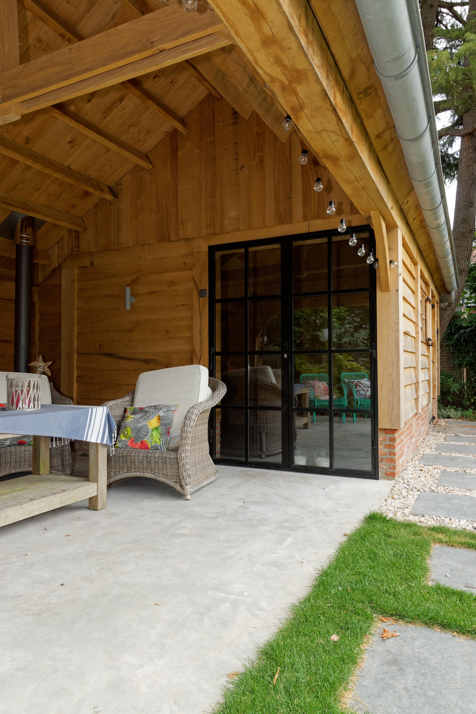 Eiken-kapschuur-met-veranda-4 - Project Sint Niklaas: Eiken Bijgebouw