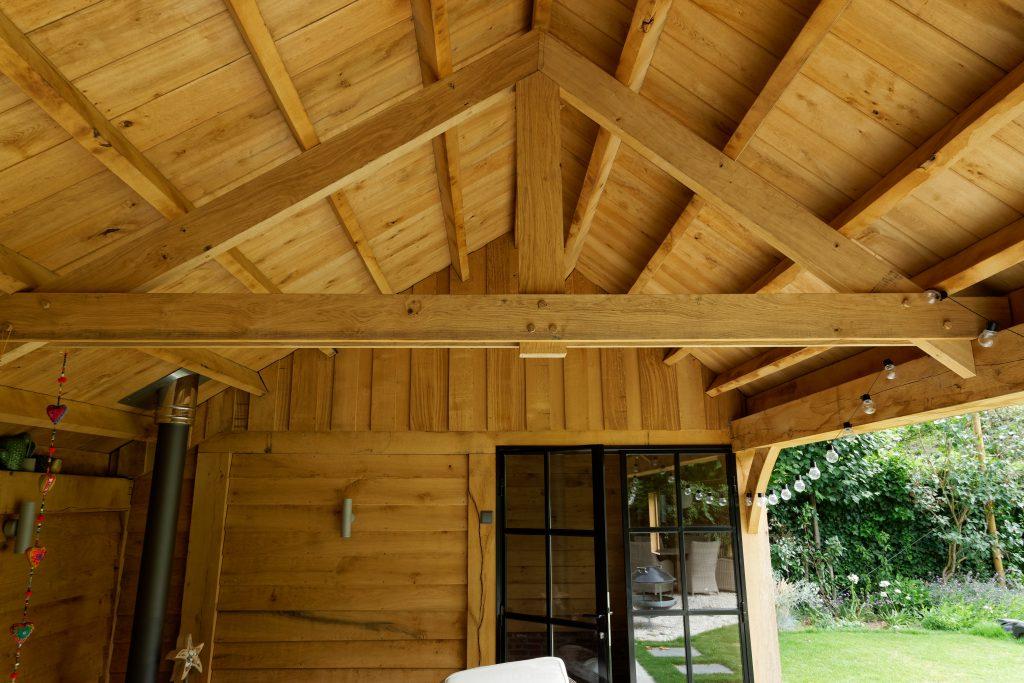 Eiken-kapschuur-met-veranda-8-1024x683 - Eiken Schuur met overkapping.