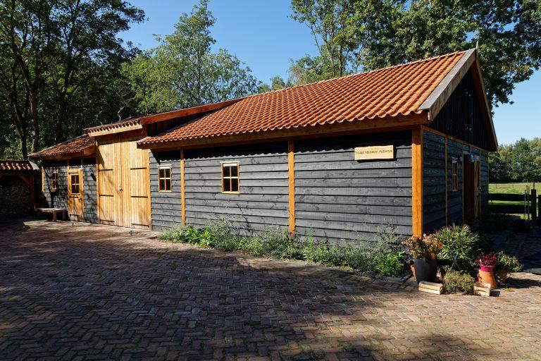 houten-schuur-met-paardenstallen-28-768x512 - Fotoboek