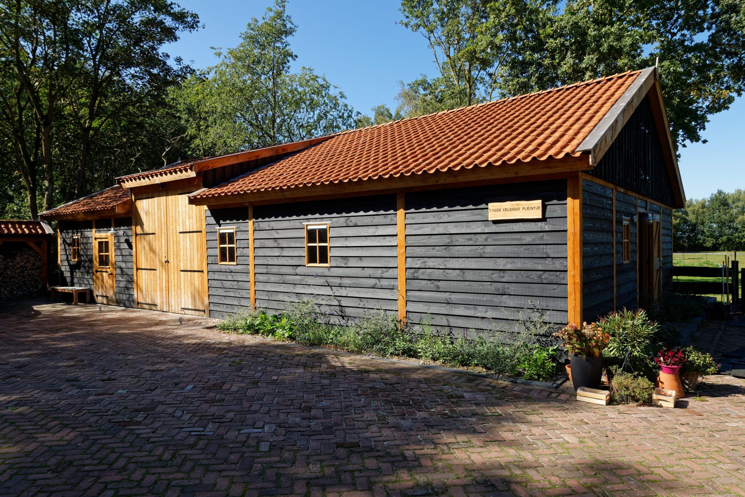houten-schuur-met-paardenstallen-28-scaled - Project Hardenberg: Grote houten schuur met paardenstallen.