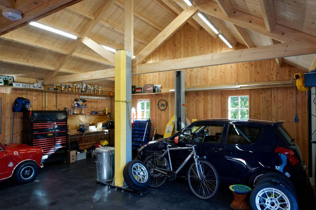 houten-garage-met-zonnepanelen-4-1024x683 - Houten garage met Zonnepanelen