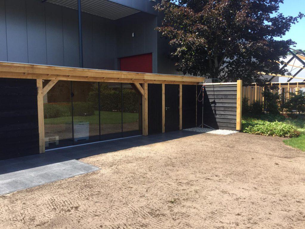 Houten-bijgebouw-met-sauna-en-tuinkamer-1024x768 - Houten bijgebouw met tuinkamer en sauna.