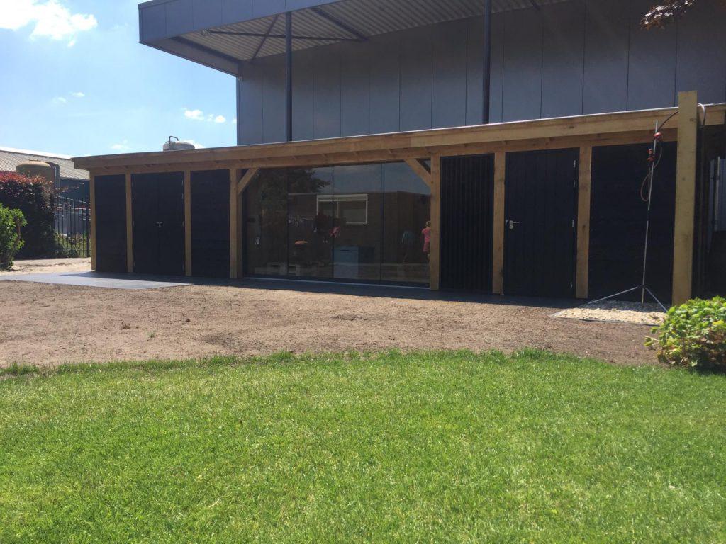 Houten-bijgebouw-met-sauna-en-tuinkamer-5-1024x768 - Houten bijgebouw met tuinkamer en sauna.