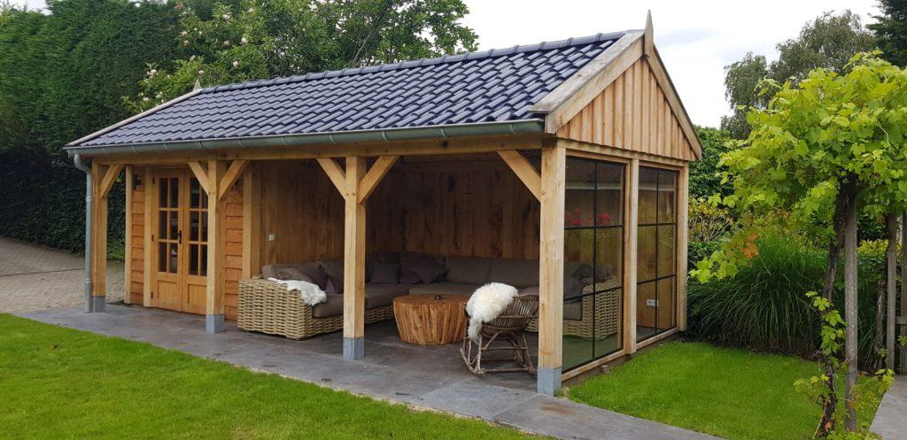 Houten-tuinhuis-met-veranda-2-1024x497 - Houten Tuinhuis met veranda