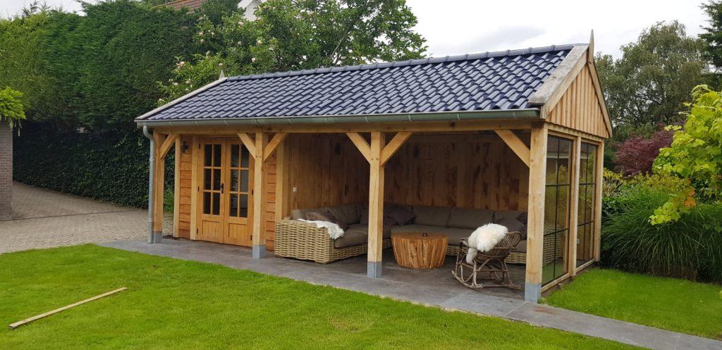 Houten-tuinhuis-met-veranda-5-1024x497 - Houten Tuinhuis met veranda