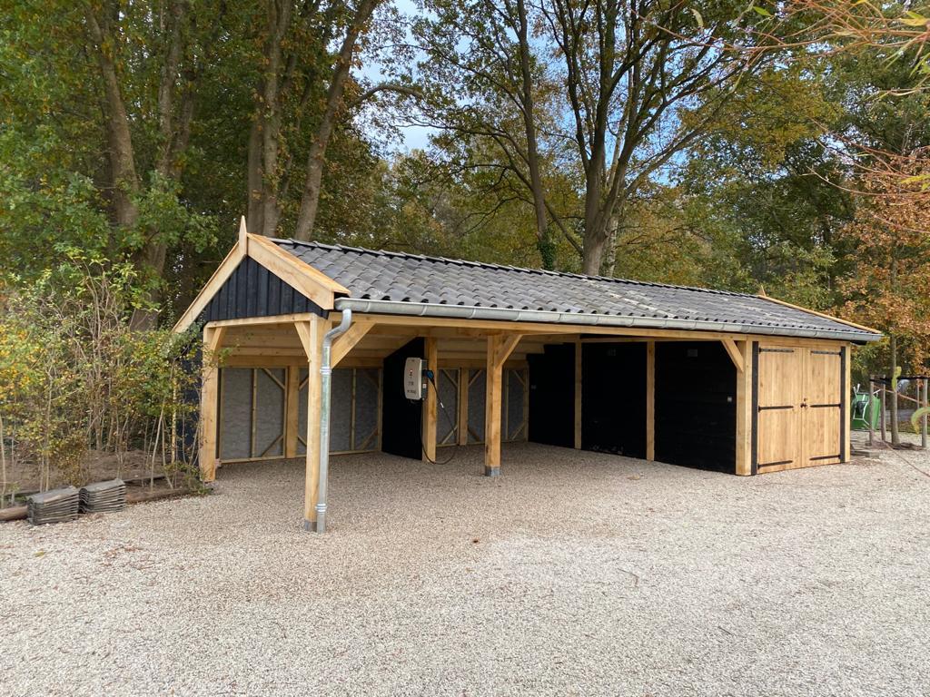 Houten-kapschuur-met-dubbele-carport-4 - Houten Carport