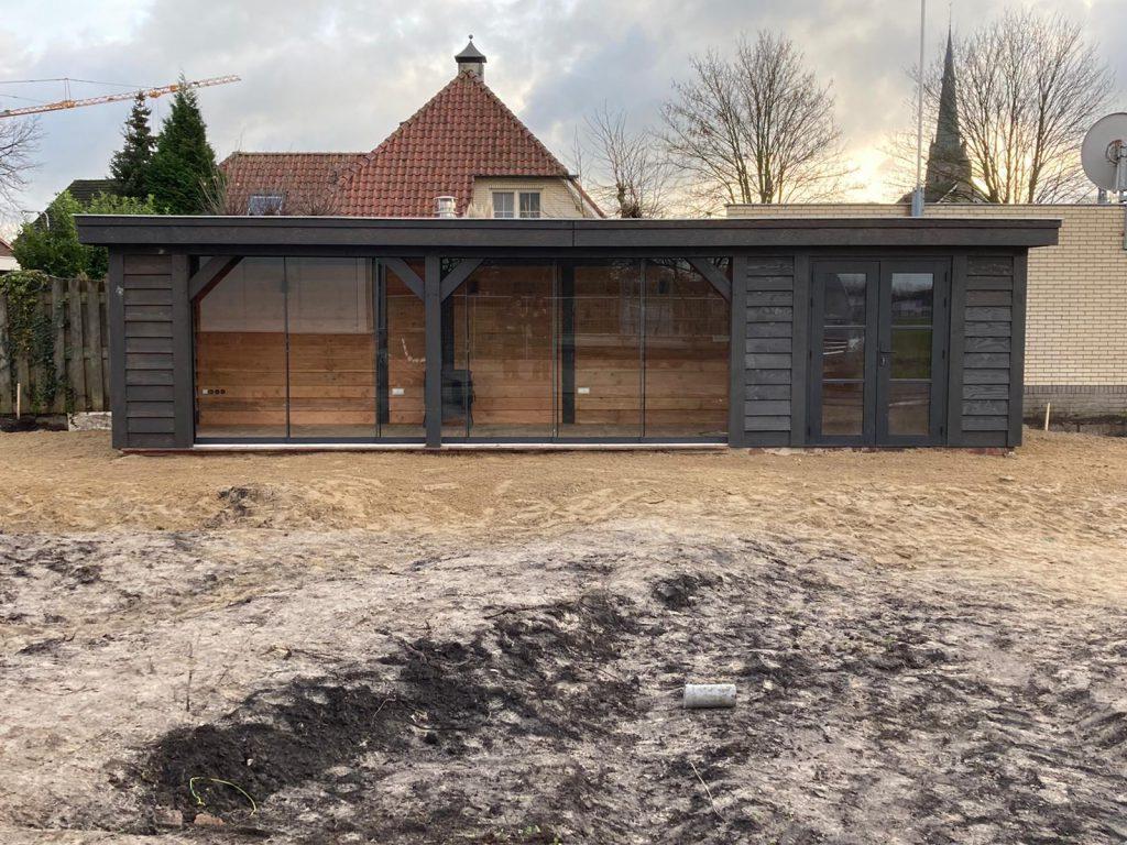 Houten-tuinhuis-met-overkapping-3-1024x768 - Lariks Tuinhuis met Overkapping