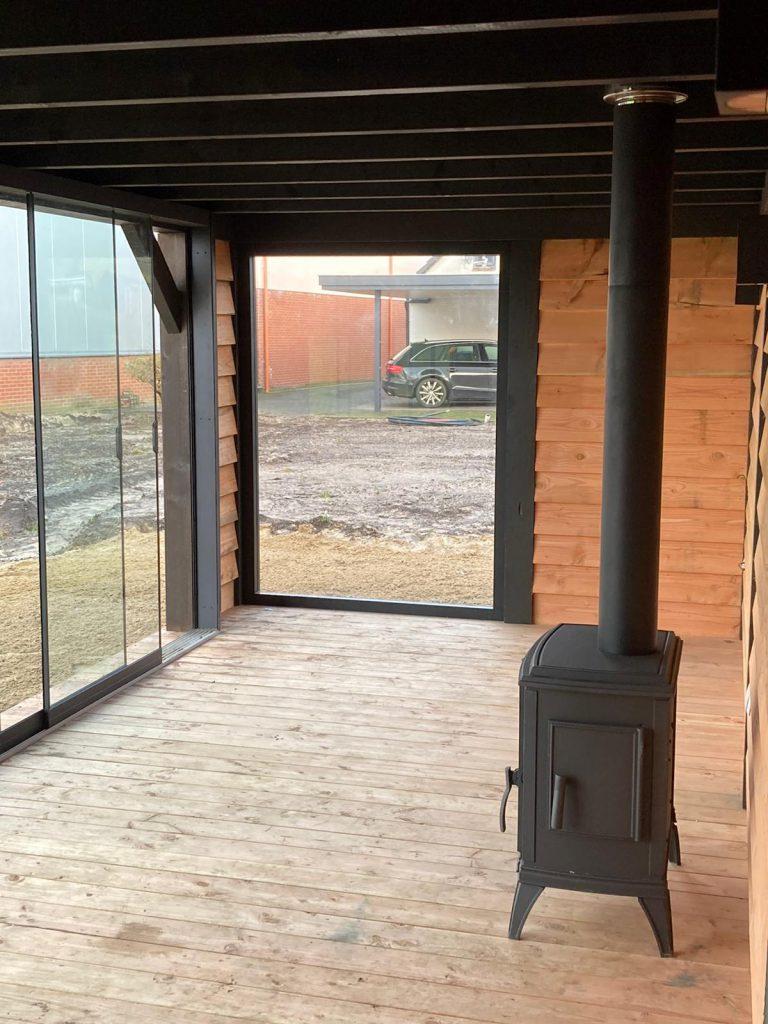Houten-tuinhuis-met-overkapping-6-768x1024 - Lariks Tuinhuis met Overkapping