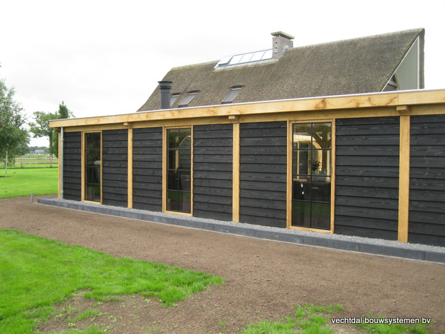 Eiken-poolhouse-met-pergola-9 - Houten terrasoverkapping
