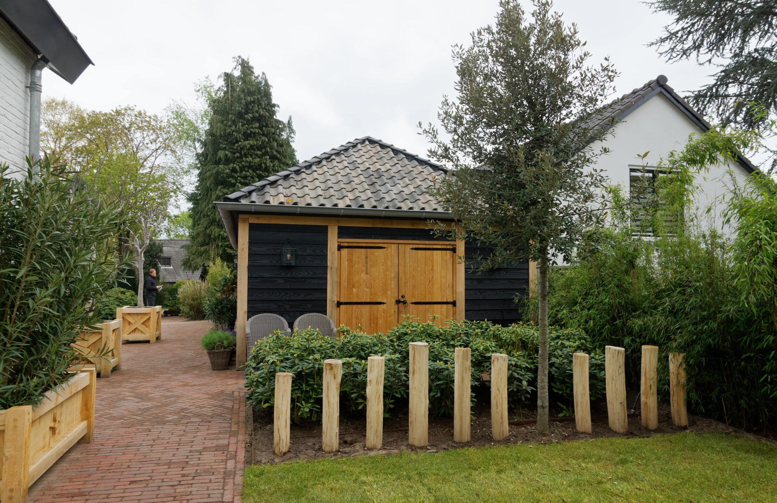 Eiken-bijgebouw-1-scaled - Project Laren: Houten schuur met sauna en tuinkamer