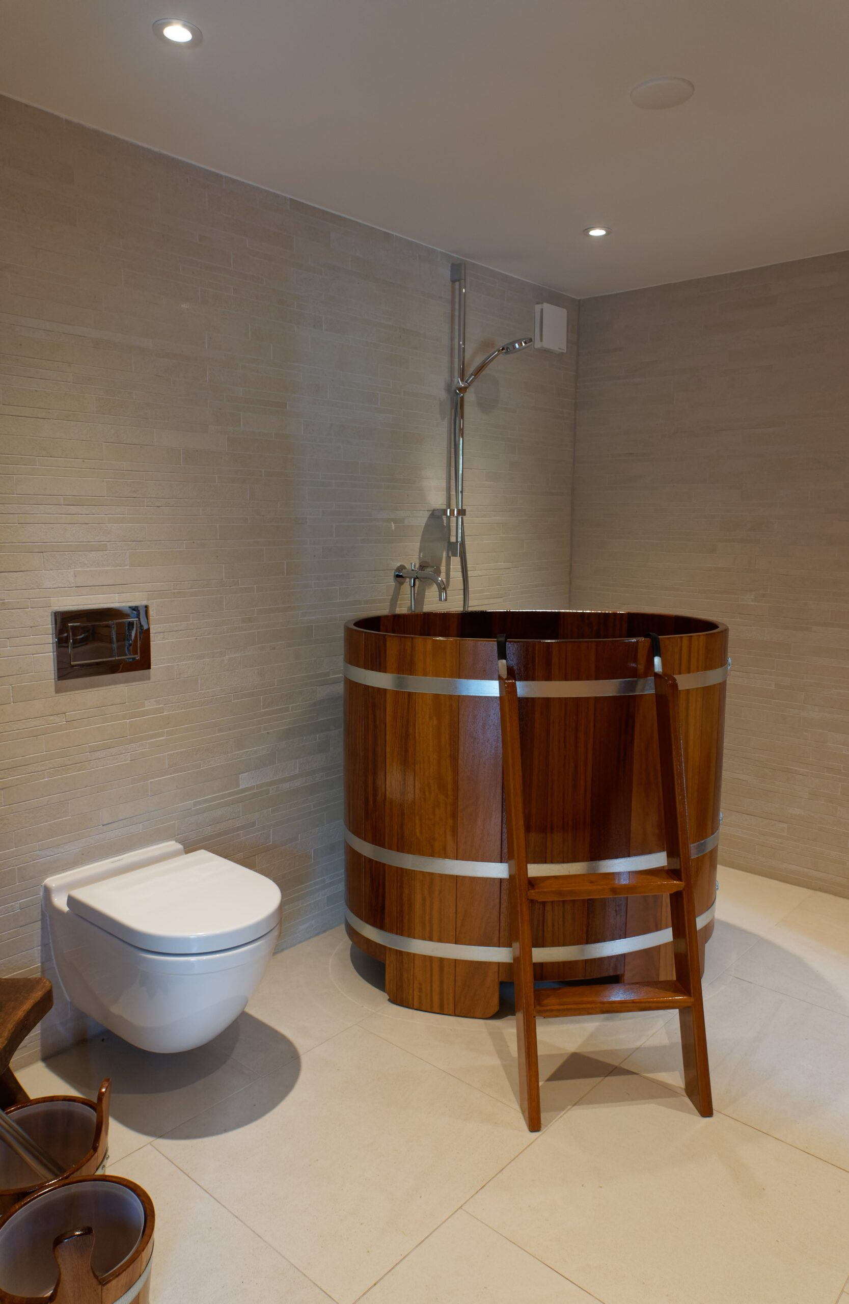 Eiken-bijgebouw-17-scaled - Project Laren: Houten schuur met sauna en tuinkamer