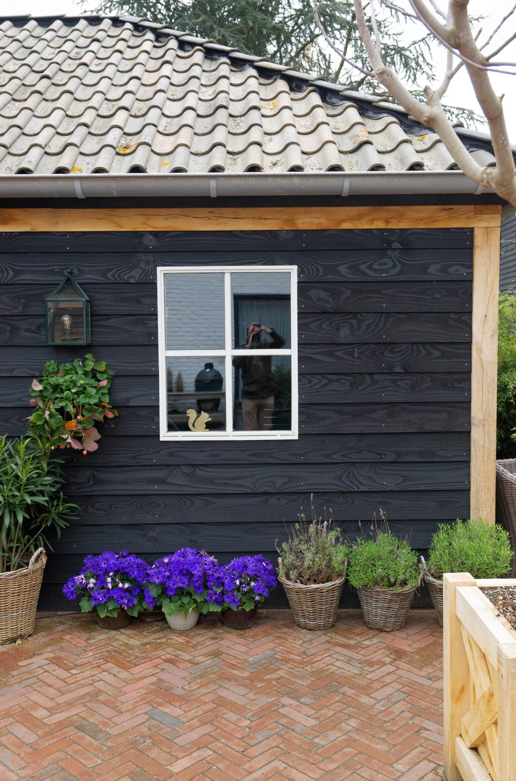 Eiken-bijgebouw-5-scaled - Project Laren: Houten schuur met sauna en tuinkamer