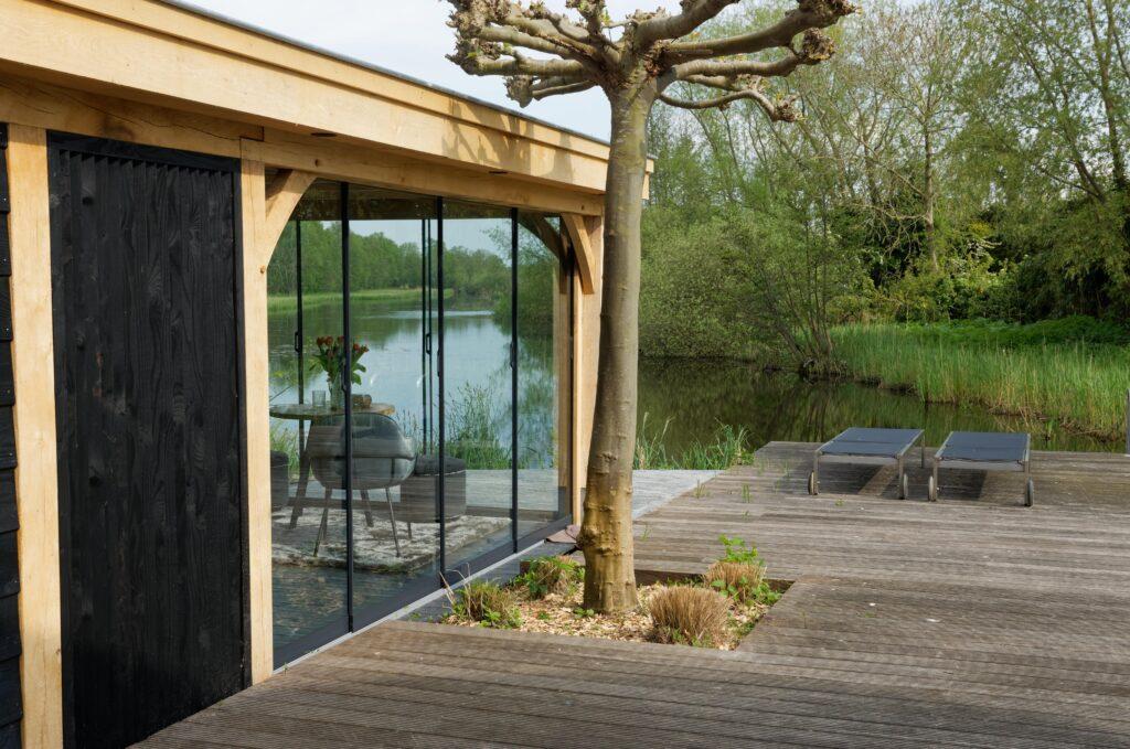 Luxe-tuinkamer-aan-het-water-2-1024x679 - Luxe tuinkamer