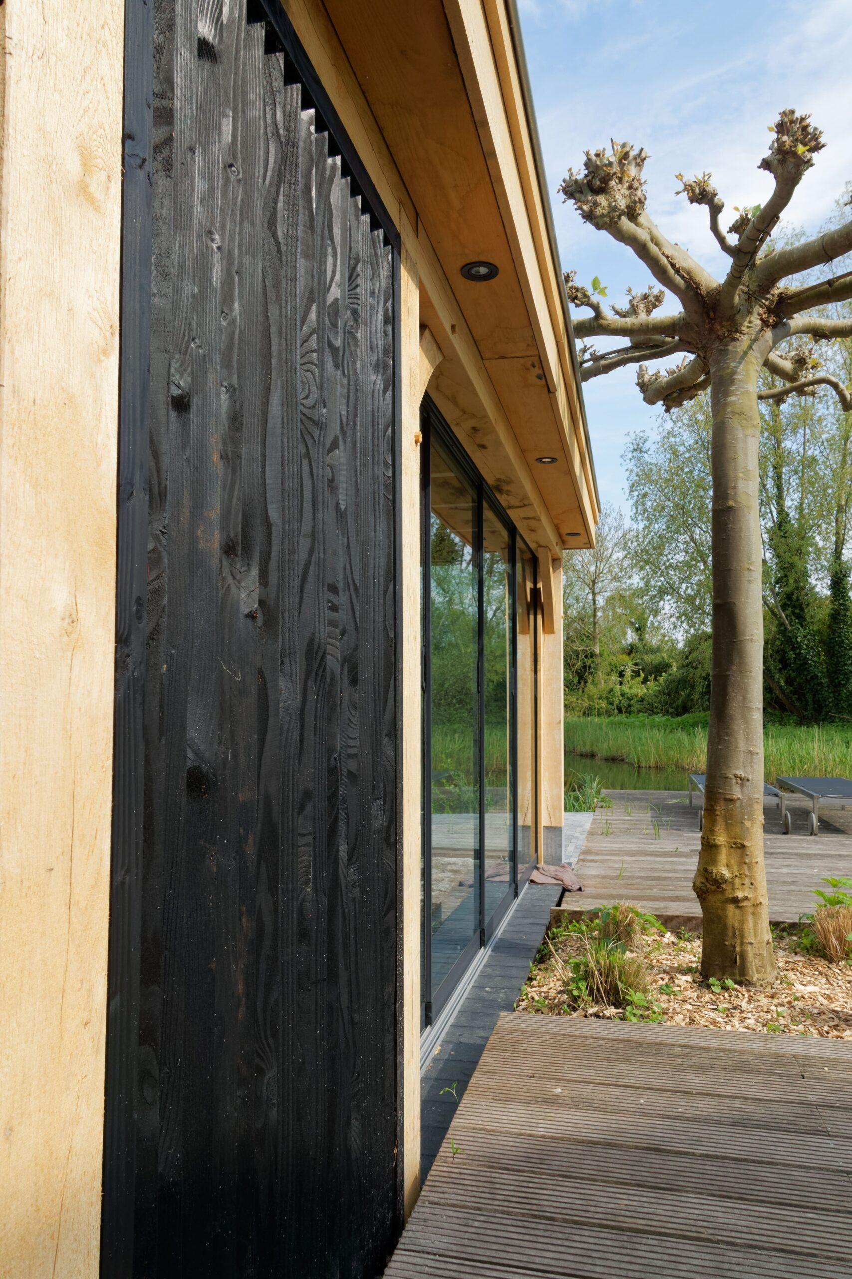 Luxe-tuinkamer-aan-het-water-8-scaled - Project Kortenhoef: Luxe tuinkamer aan het water
