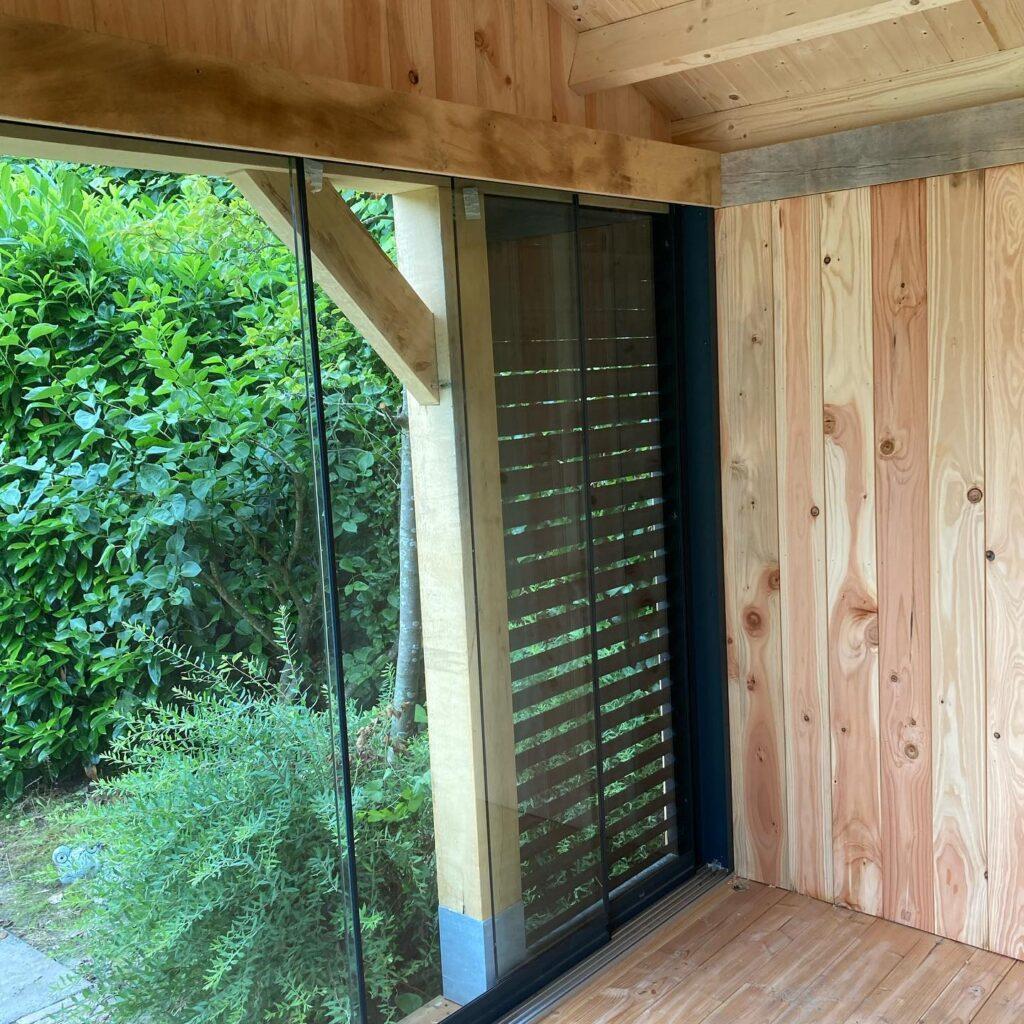 Eiken-bijgebouw-met-mancave-en-tuinkamer-2-1024x1024 - Bijgebouw met tuinkamer