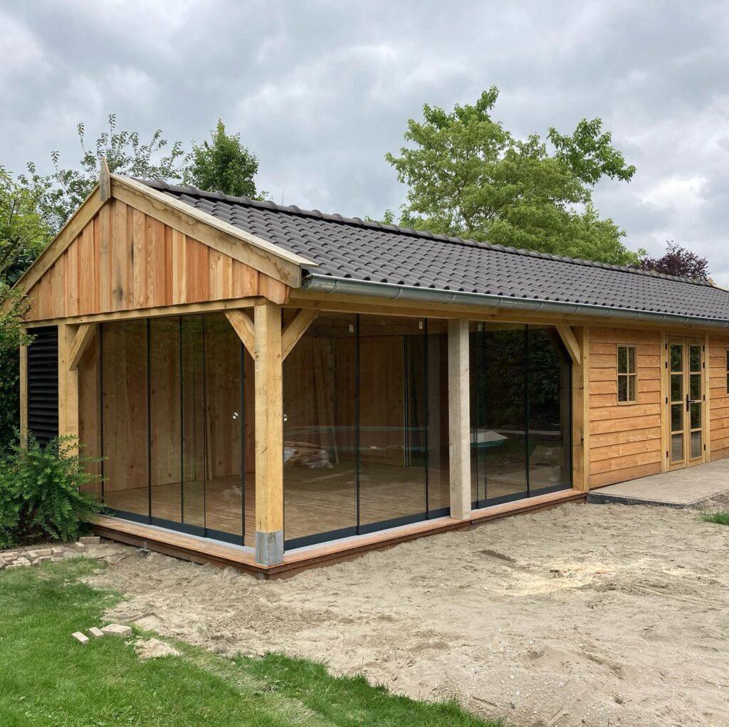 Eiken-bijgebouw-met-mancave-en-tuinkamer-7-1024x1021 - Bijgebouw met tuinkamer