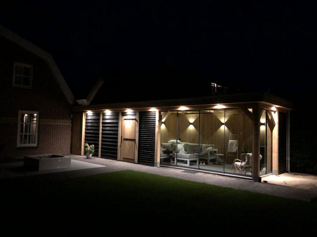 Eiken-tuinhuis-met-tuinkamer-en-carport-1024x768 - Houten tuinhuis met carport en tuinkamer