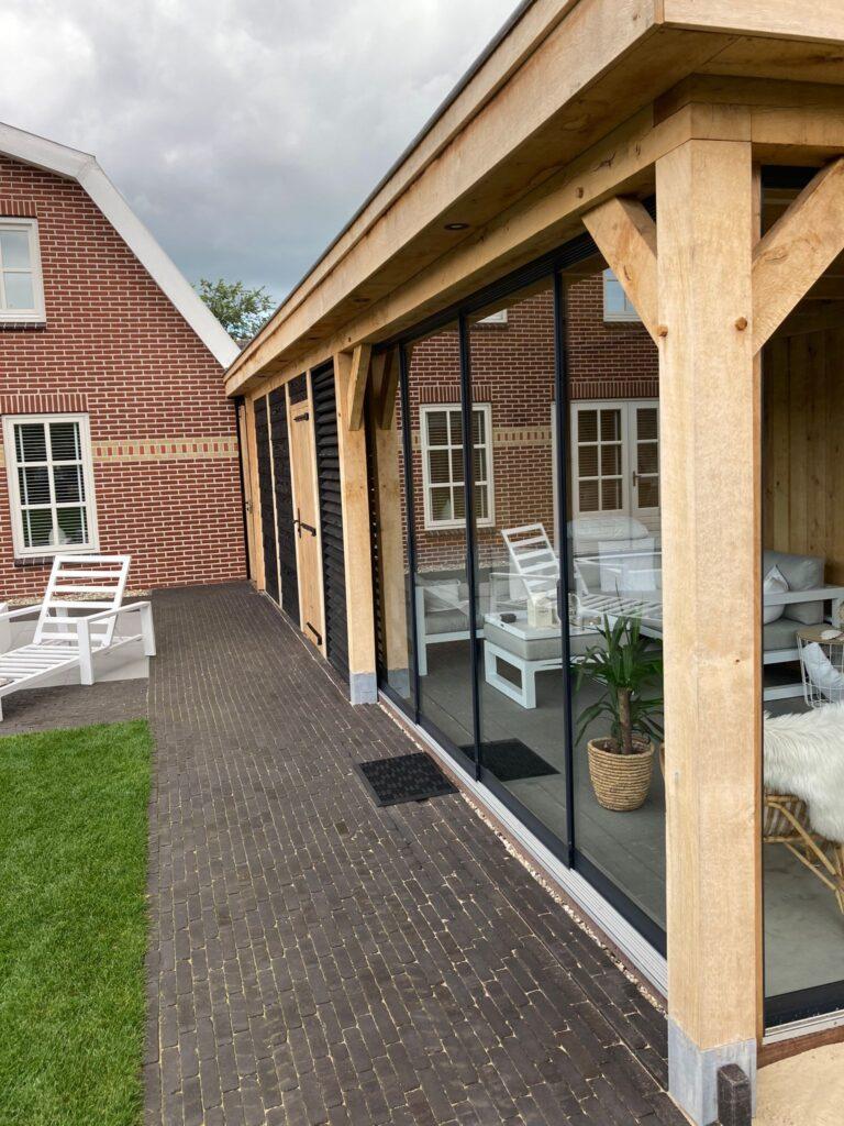 houten-carport-met-tuinhuis-en-tuinkamer-16-768x1024 - Houten tuinhuis met carport en tuinkamer